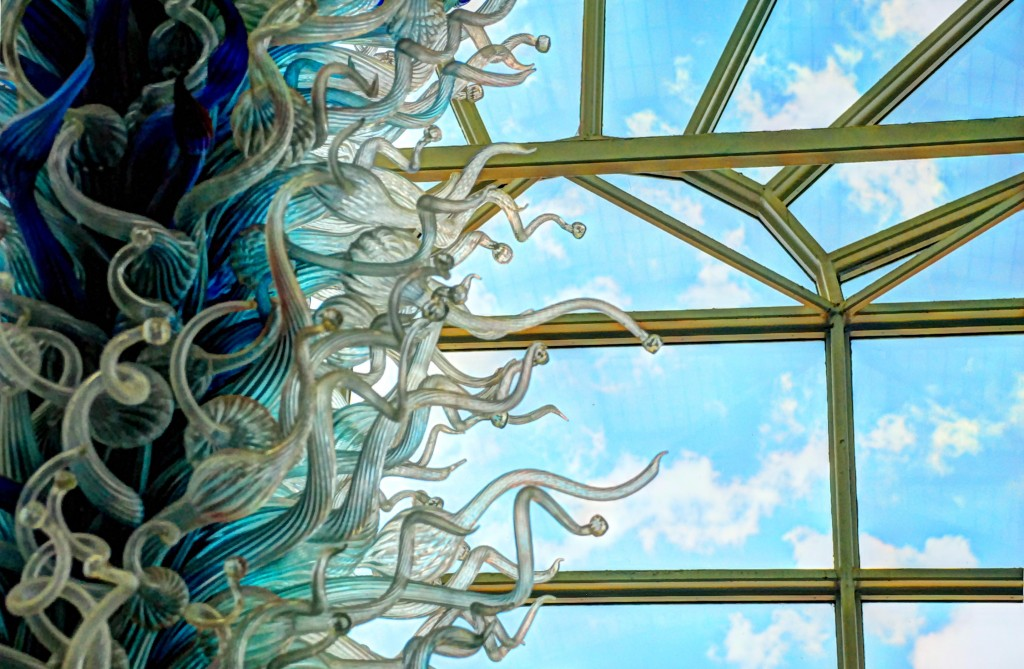 MoBot_Blue_Chandelier_Chihuly